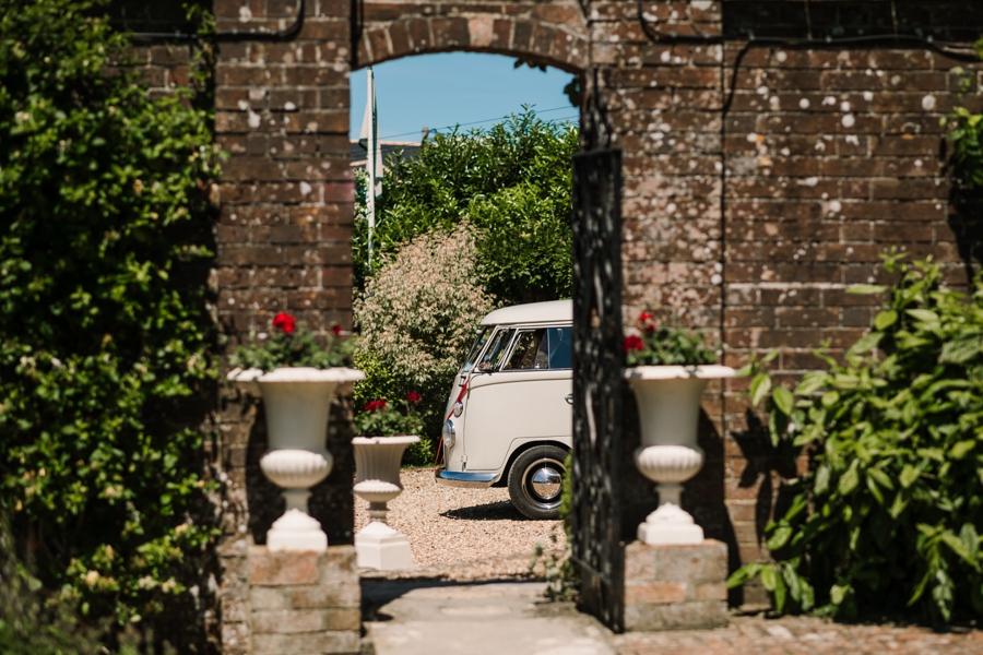 Parley Manor wedding photography by Rachel Elizabeth on English Wedding (1)