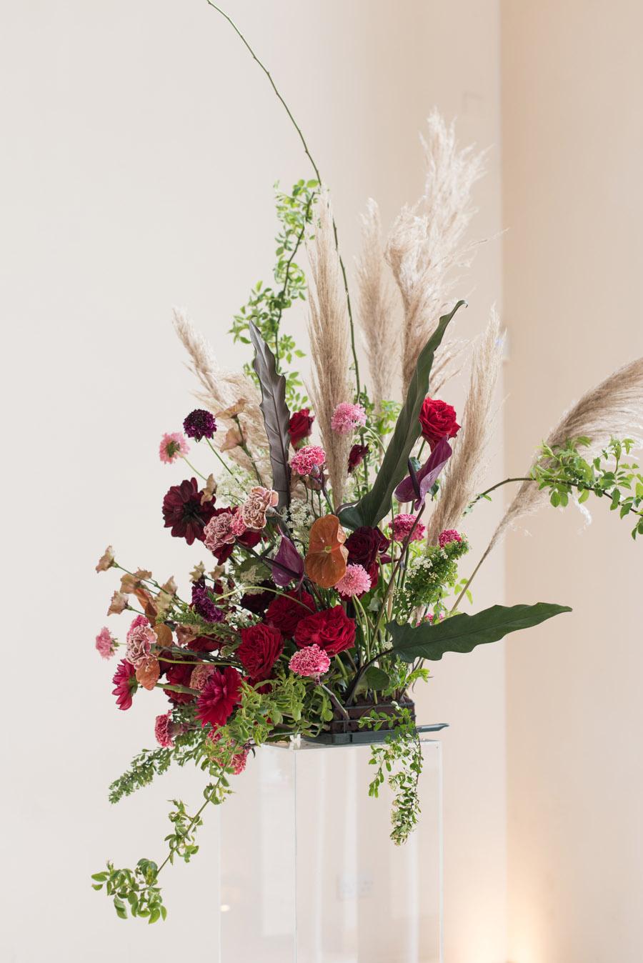 floral wedding ideas at Millbridge Court on English Wedding - photo credit Julie Michaelsen Photography (7)