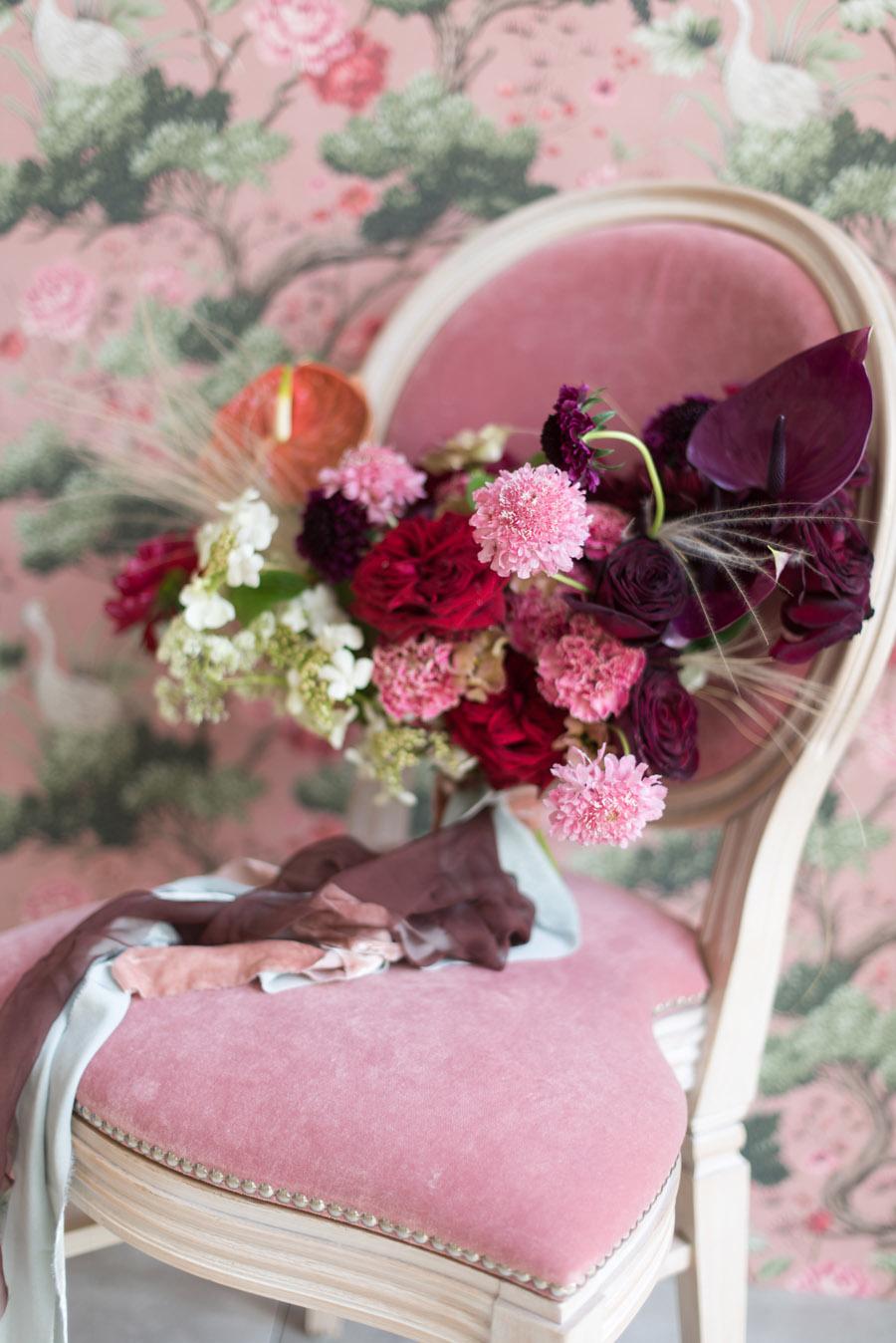 floral wedding ideas at Millbridge Court on English Wedding - photo credit Julie Michaelsen Photography (17)