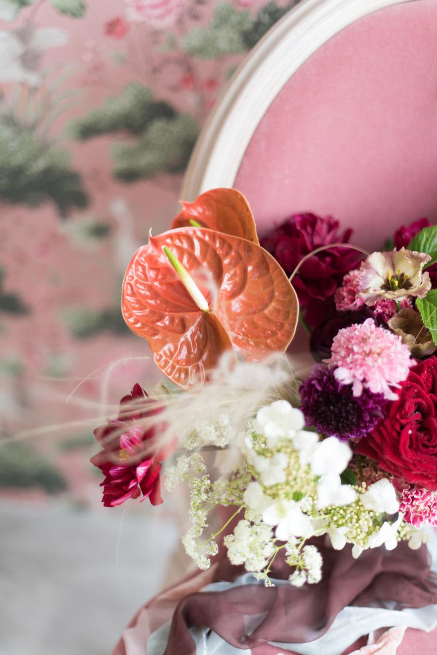 floral wedding ideas at Millbridge Court on English Wedding - photo credit Julie Michaelsen Photography (19)