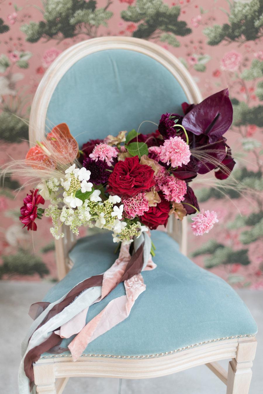 floral wedding ideas at Millbridge Court on English Wedding - photo credit Julie Michaelsen Photography (20)