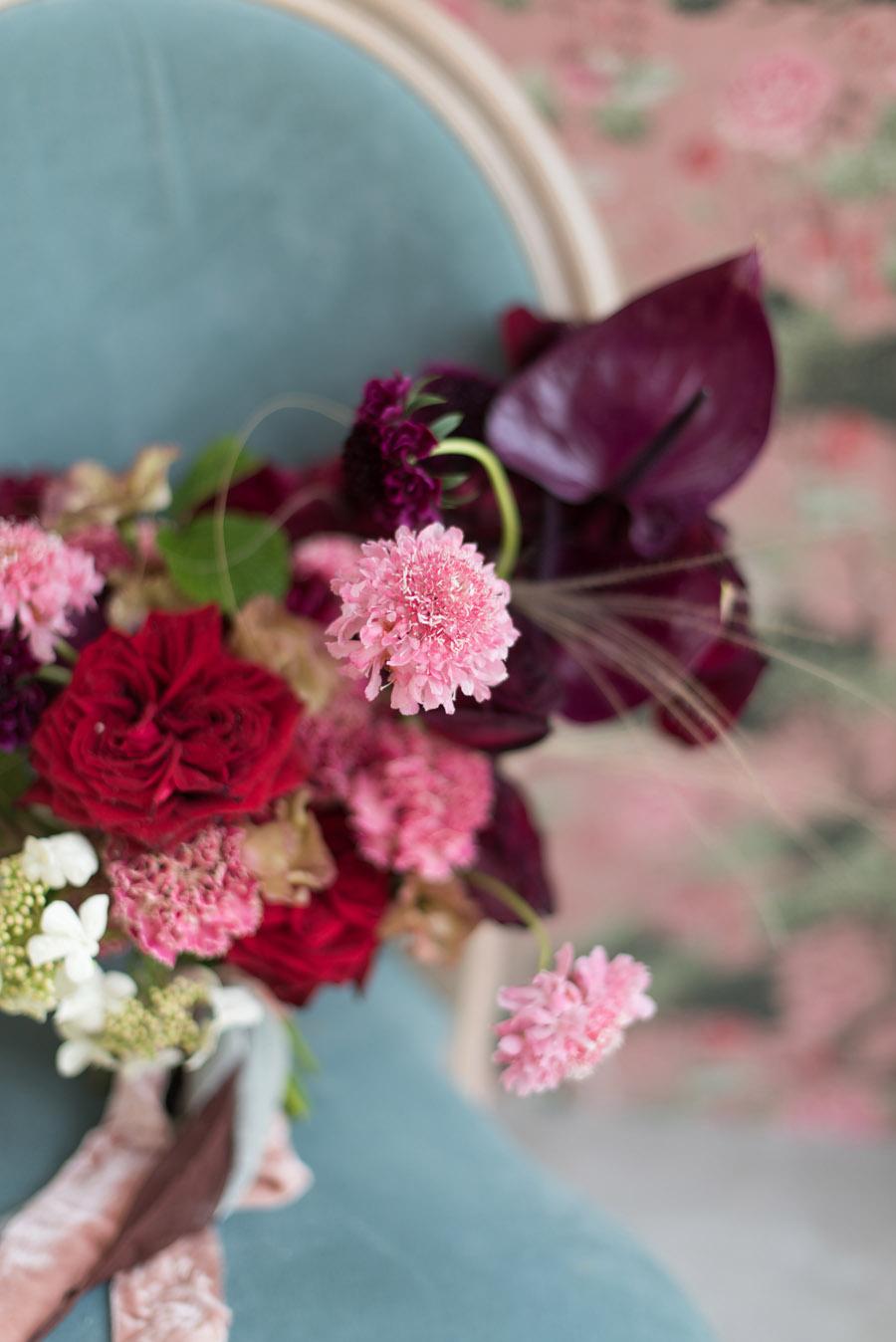 floral wedding ideas at Millbridge Court on English Wedding - photo credit Julie Michaelsen Photography (21)