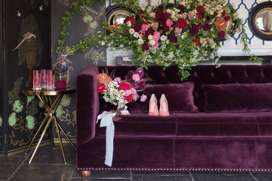 floral wedding ideas at Millbridge Court on English Wedding - photo credit Julie Michaelsen Photography (25)