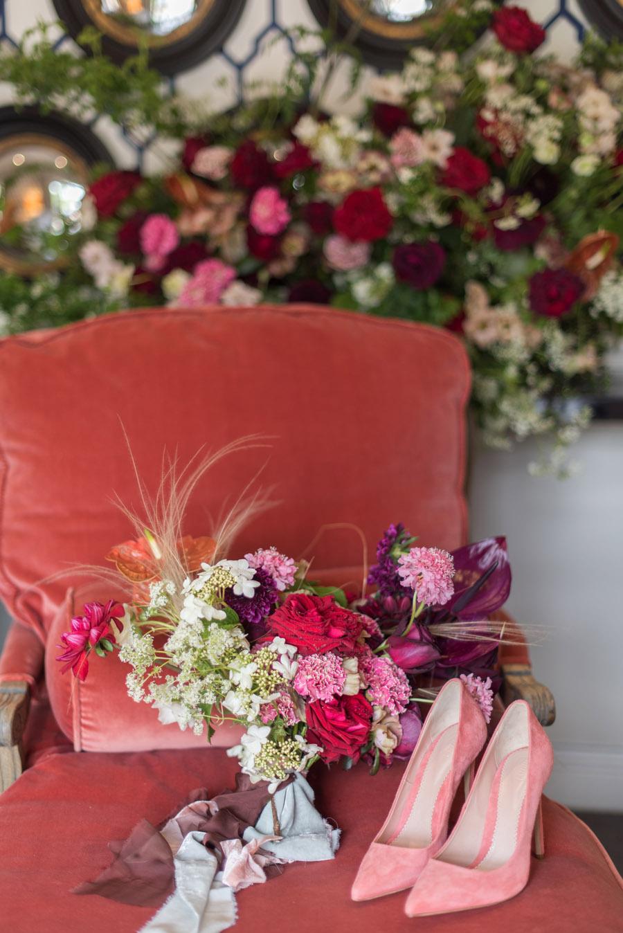 floral wedding ideas at Millbridge Court on English Wedding - photo credit Julie Michaelsen Photography (26)