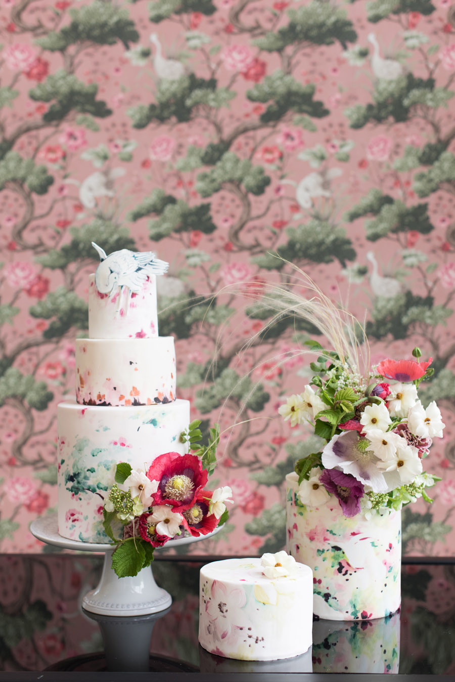 floral wedding ideas at Millbridge Court on English Wedding - photo credit Julie Michaelsen Photography (1)
