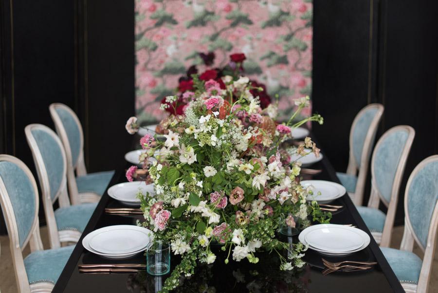 floral wedding ideas at Millbridge Court on English Wedding - photo credit Julie Michaelsen Photography (40)