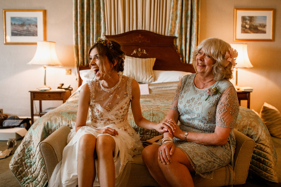 Ashdown Park Country Hotel wedding photography by Damion Mower (4)