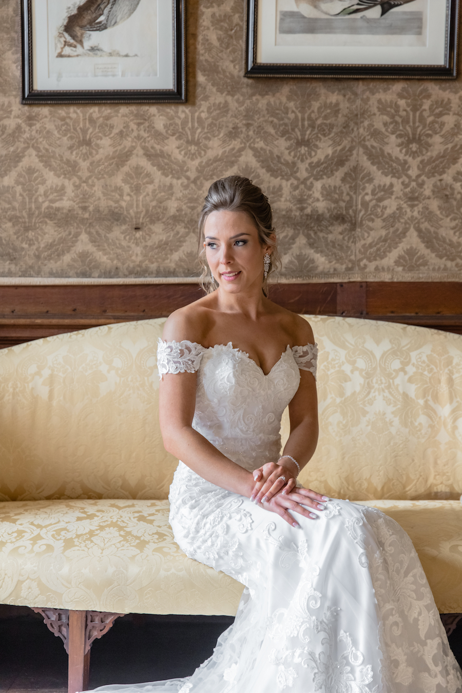 Glemham Hall wedding photographer Ayshea Goldberg on English-Wedding.com (7)