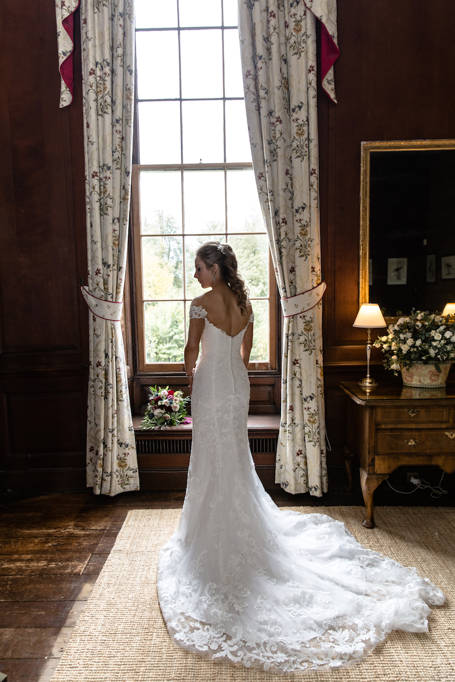 Glemham Hall wedding photographer Ayshea Goldberg on English-Wedding.com (9)