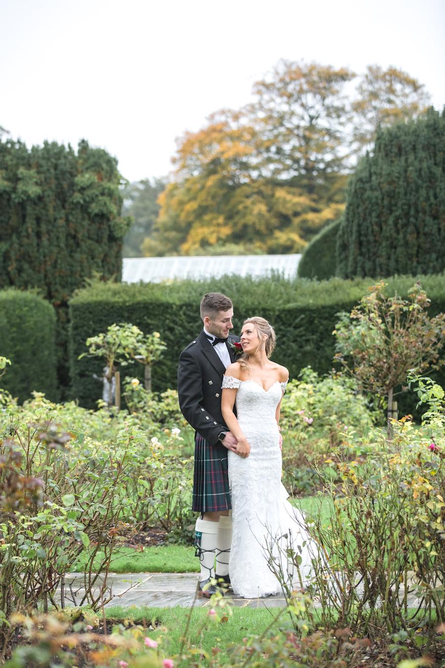 Glemham Hall wedding photographer Ayshea Goldberg on English-Wedding.com (33)