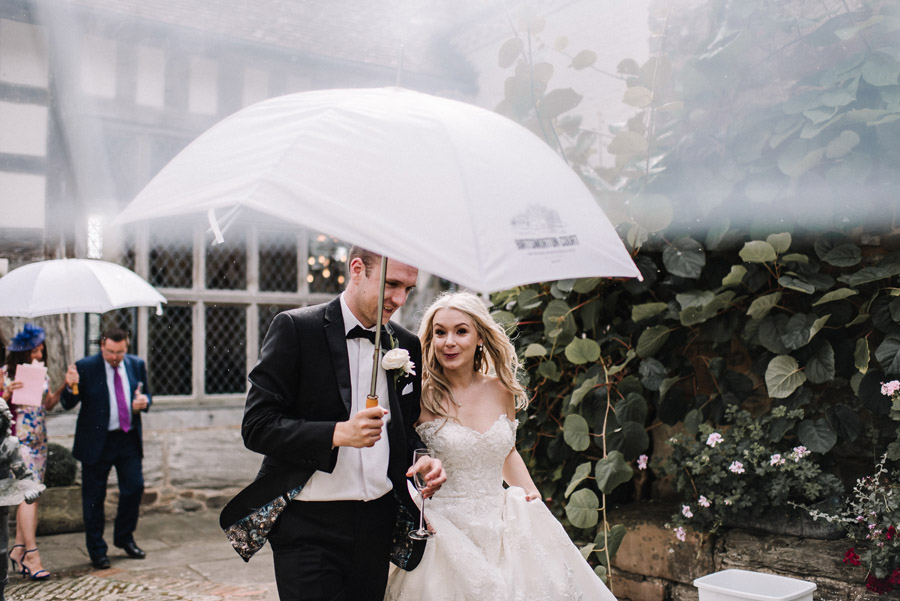 Whimsical wedding at Birtsmorton Court with beautiful photography by Oobaloos (28)