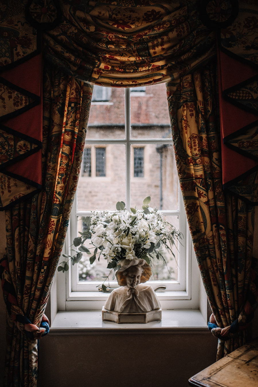 Whimsical wedding at Birtsmorton Court with beautiful photography by Oobaloos (3)