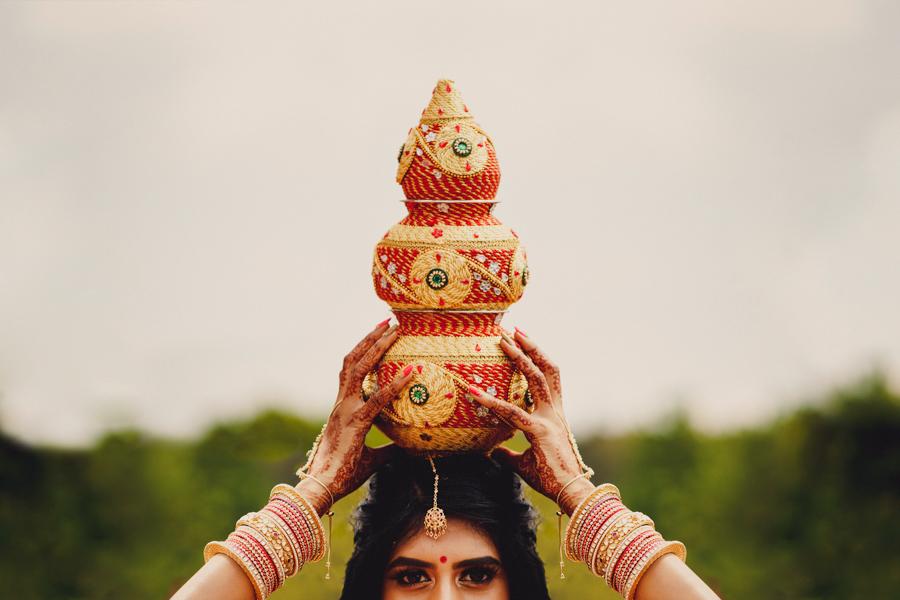 Priyal & Dan's fabulous English & Indian fusion wedding, with MIKI Studios at Braxted Park (15)
