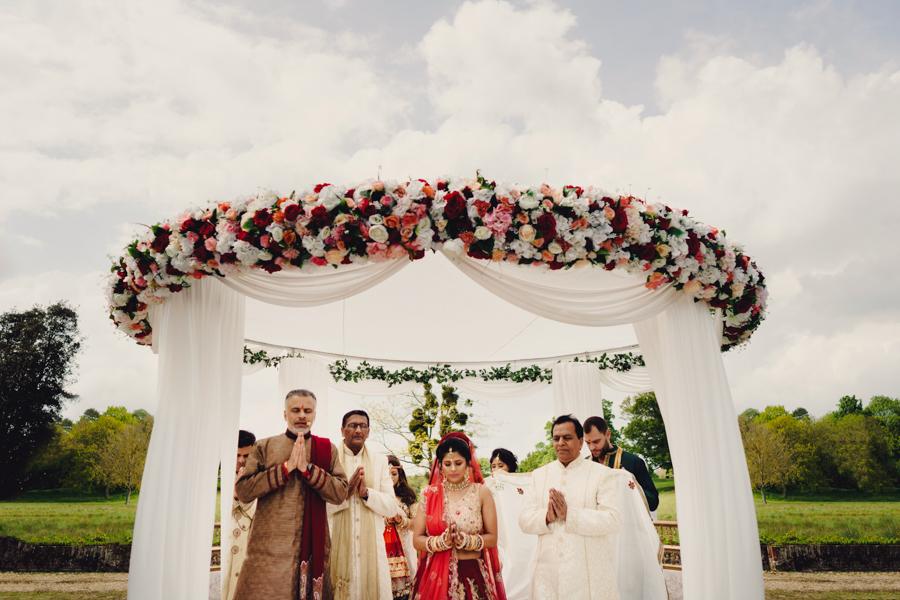 Priyal & Dan's fabulous English & Indian fusion wedding, with MIKI Studios at Braxted Park (19)