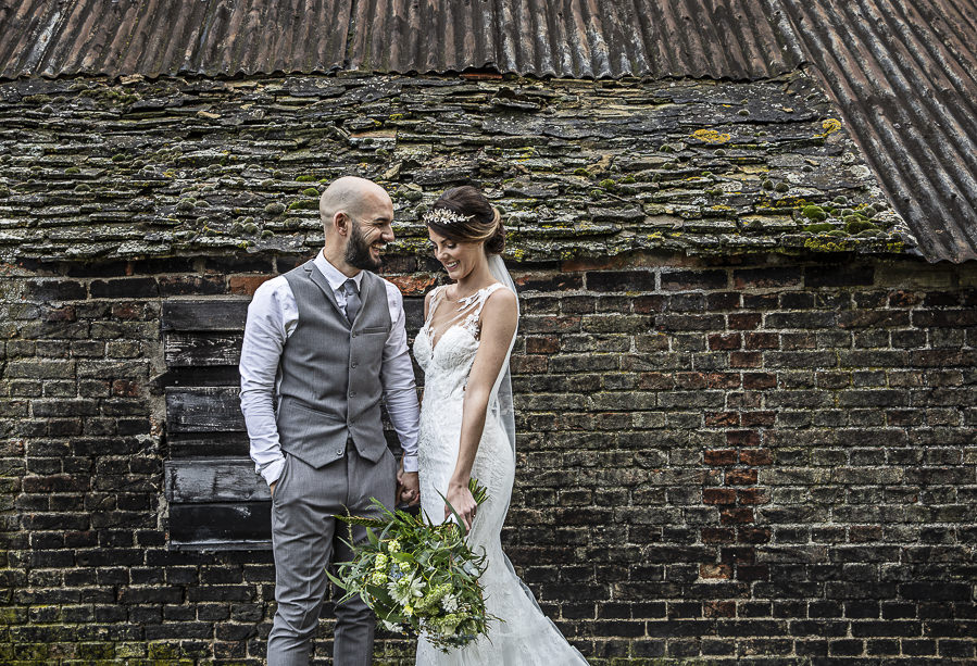 Stockmans Meadows Cambridgeshire wedding photography by Lorna Newman (2)
