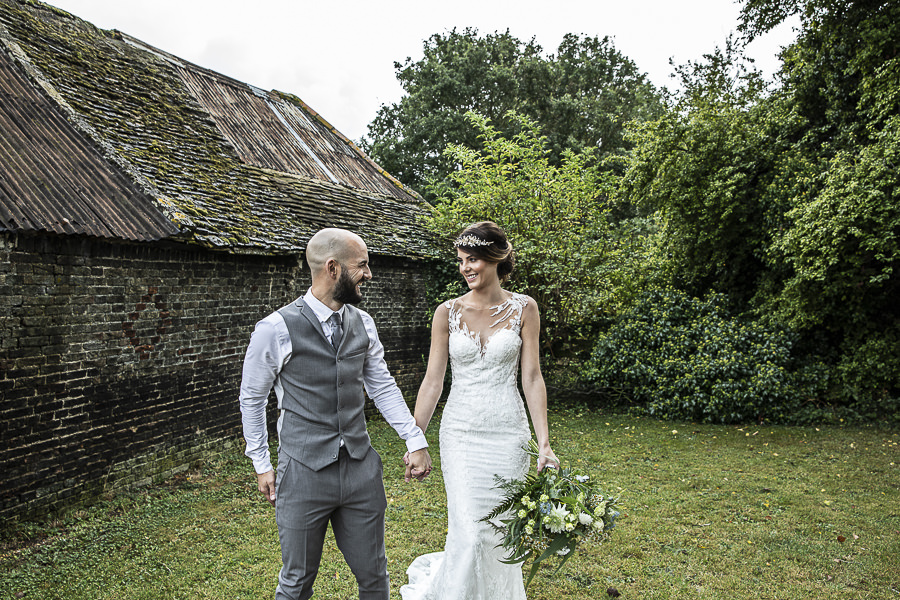 Stockmans Meadows Cambridgeshire wedding photography by Lorna Newman (14)