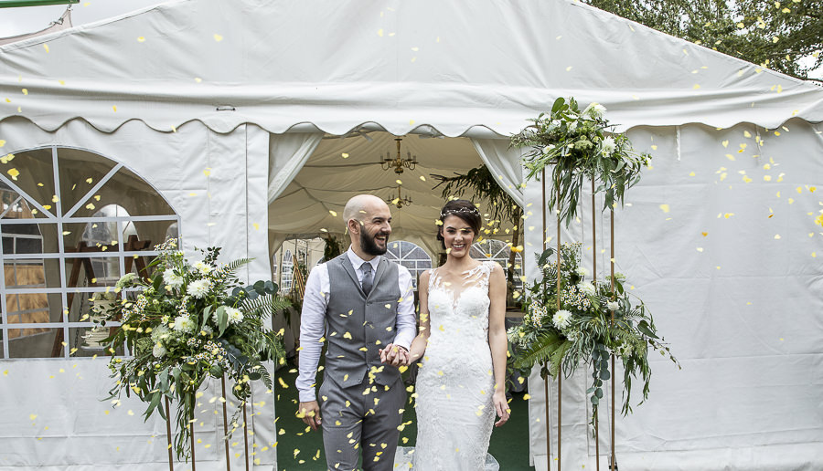 Stockmans Meadows Cambridgeshire wedding photography by Lorna Newman (26)