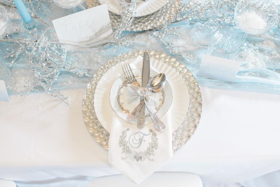 Winter Elegance Frozen wedding style on English-Wedding.com with Natalie Stevenson Photography (13)