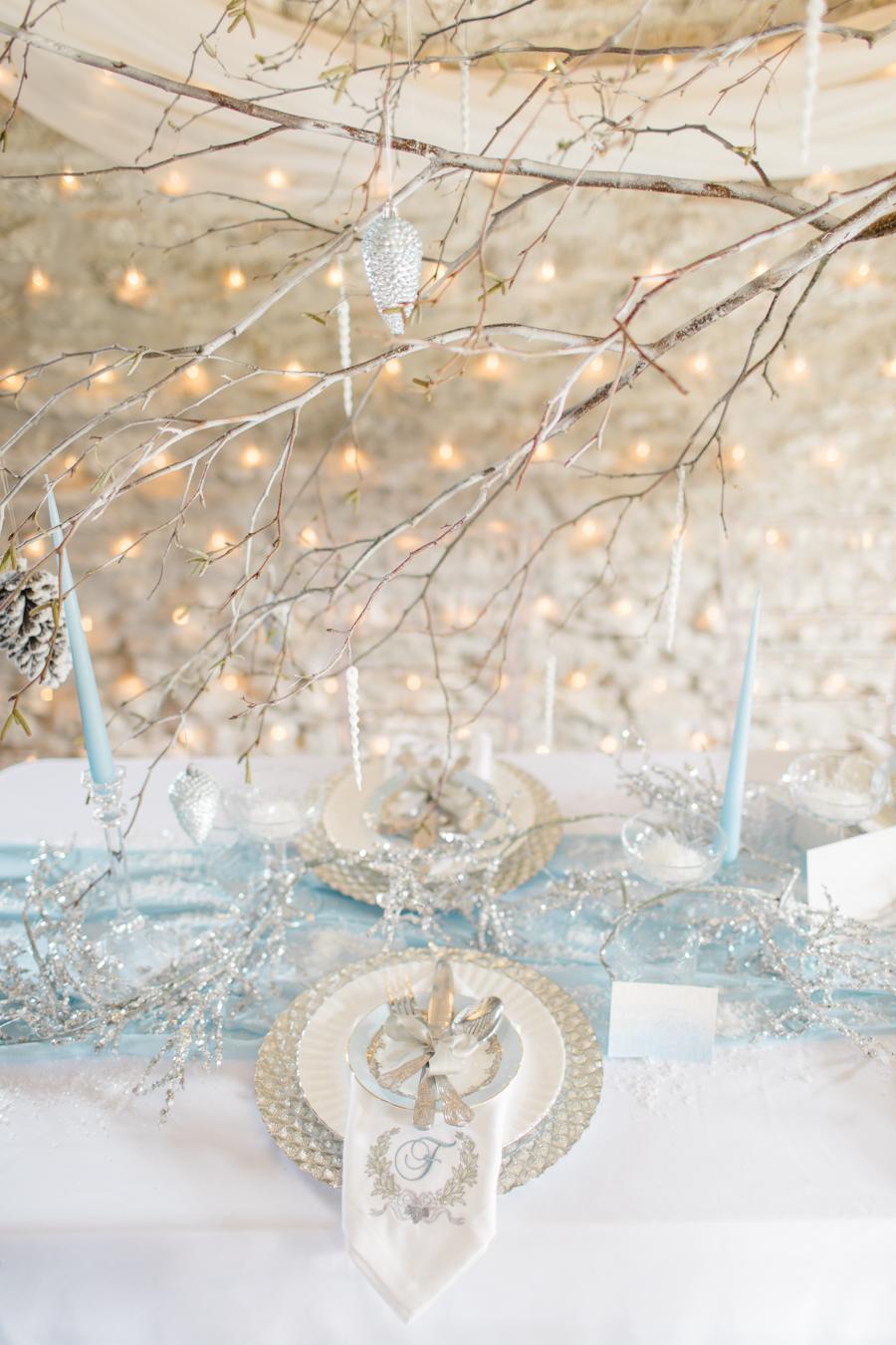 Winter Elegance Frozen wedding style on English-Wedding.com with Natalie Stevenson Photography (15)