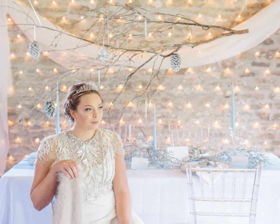 Winter Elegance Frozen wedding style on English-Wedding.com with Natalie Stevenson Photography (17)