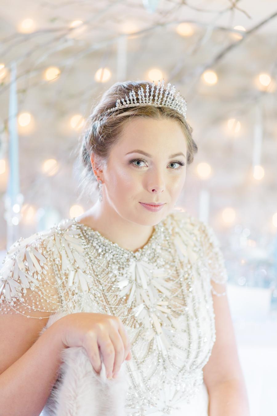 Winter Elegance Frozen wedding style on English-Wedding.com with Natalie Stevenson Photography (19)