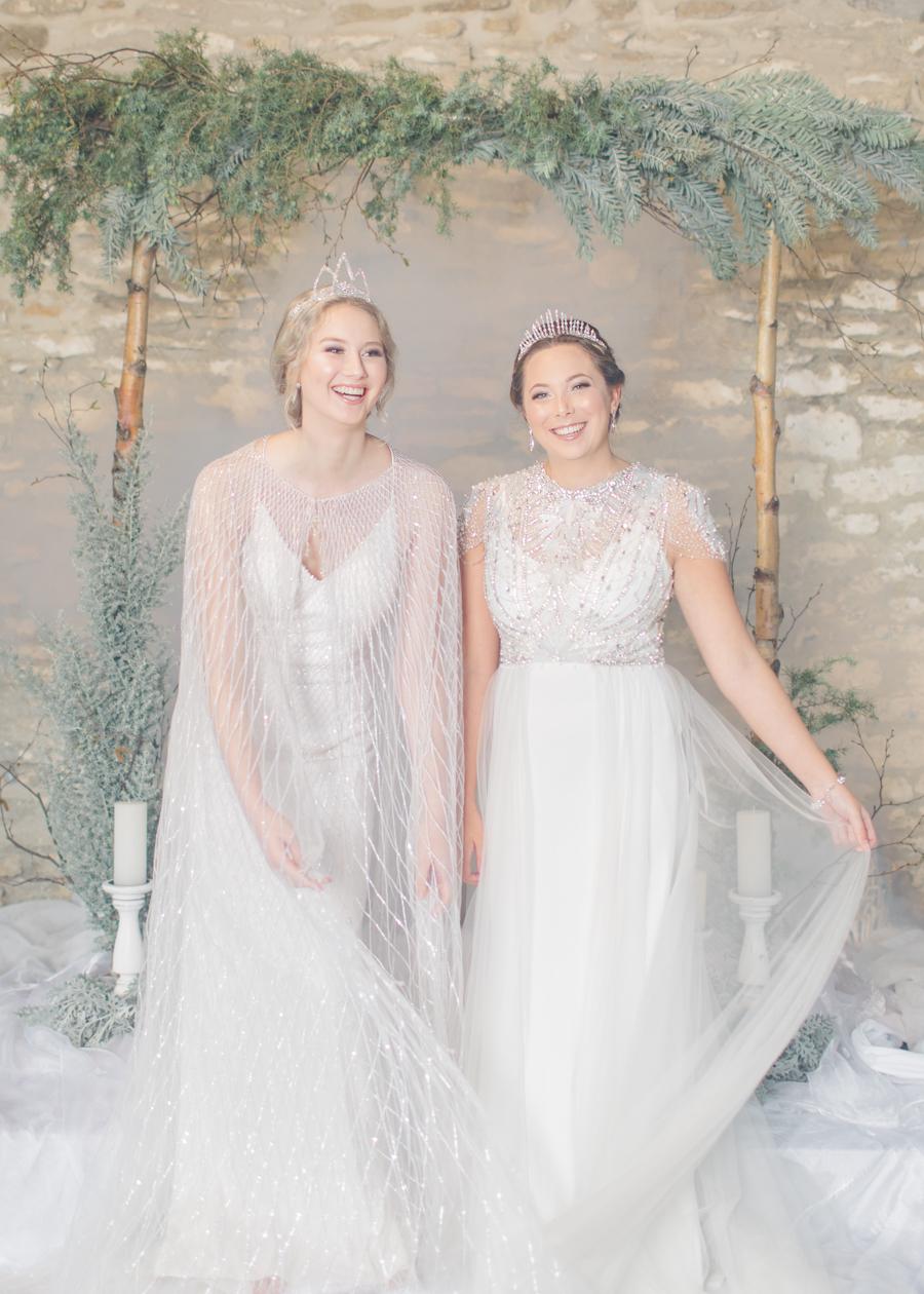 Winter Elegance Frozen wedding style on English-Wedding.com with Natalie Stevenson Photography (29)
