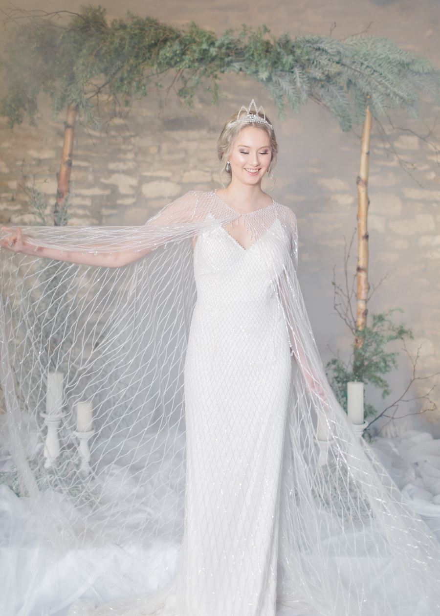 Winter Elegance Frozen wedding style on English-Wedding.com with Natalie Stevenson Photography (31)