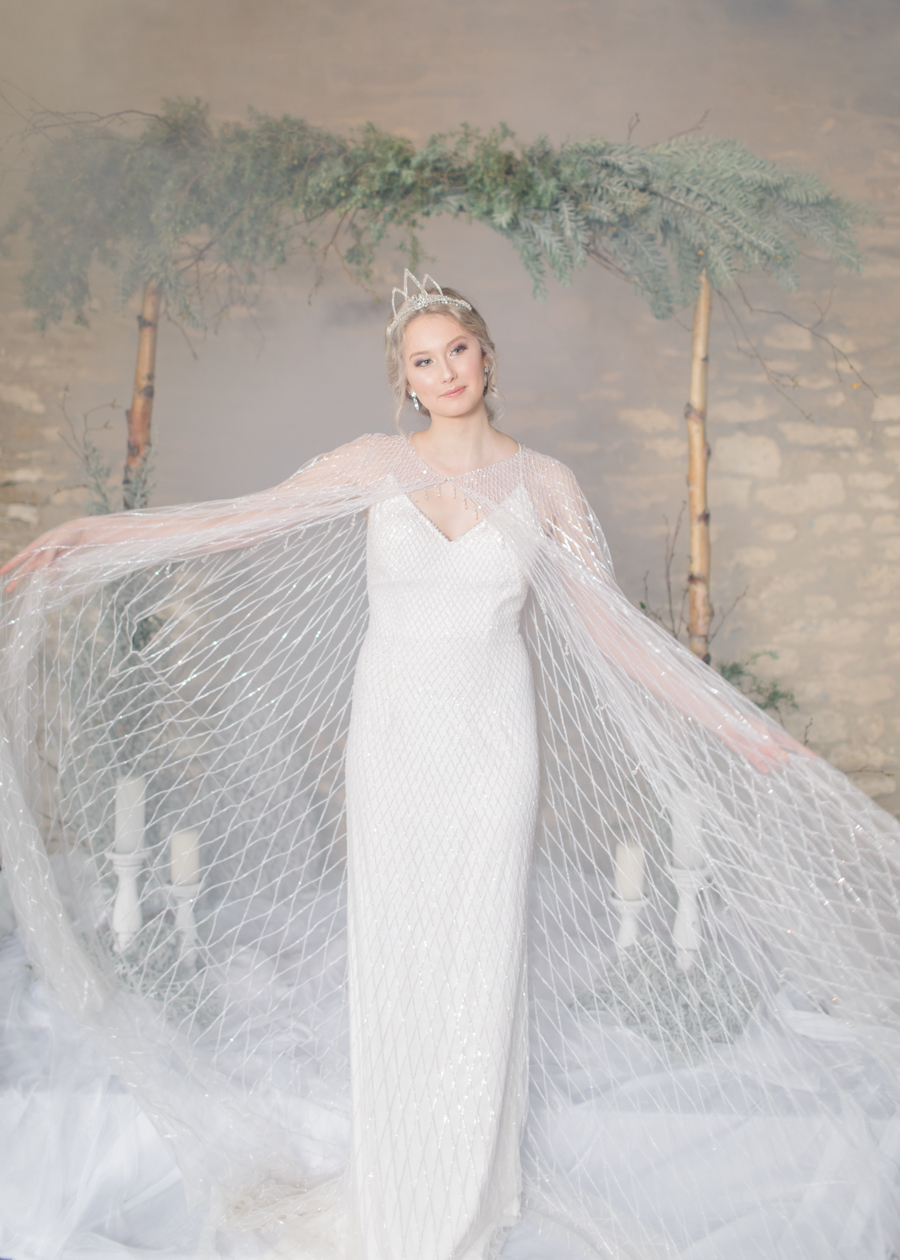 Winter Elegance Frozen wedding style on English-Wedding.com with Natalie Stevenson Photography (32)