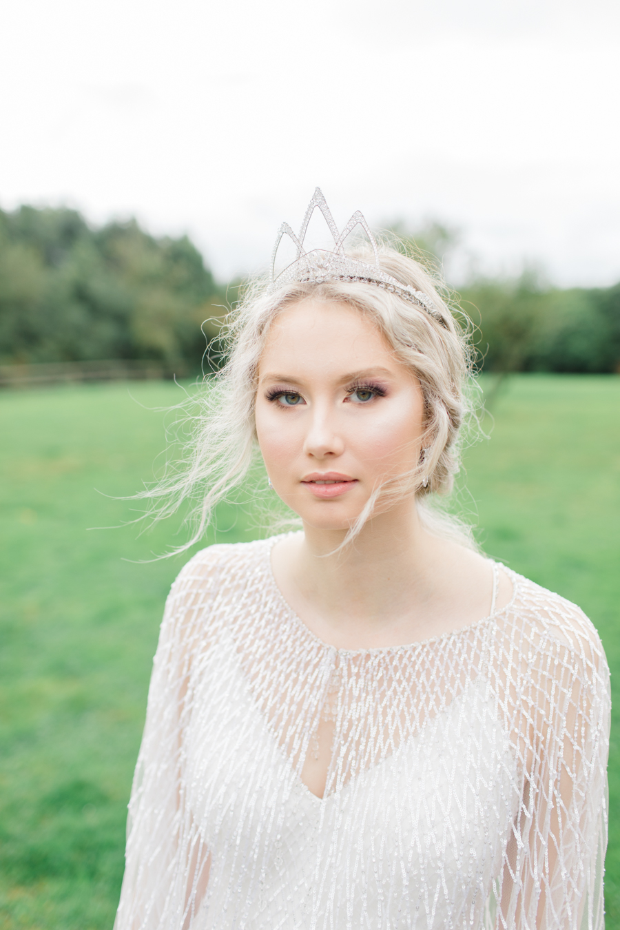 Winter Elegance Frozen wedding style on English-Wedding.com with Natalie Stevenson Photography (38)