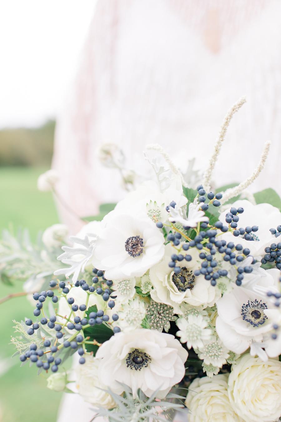 Winter Elegance Frozen wedding style on English-Wedding.com with Natalie Stevenson Photography (41)