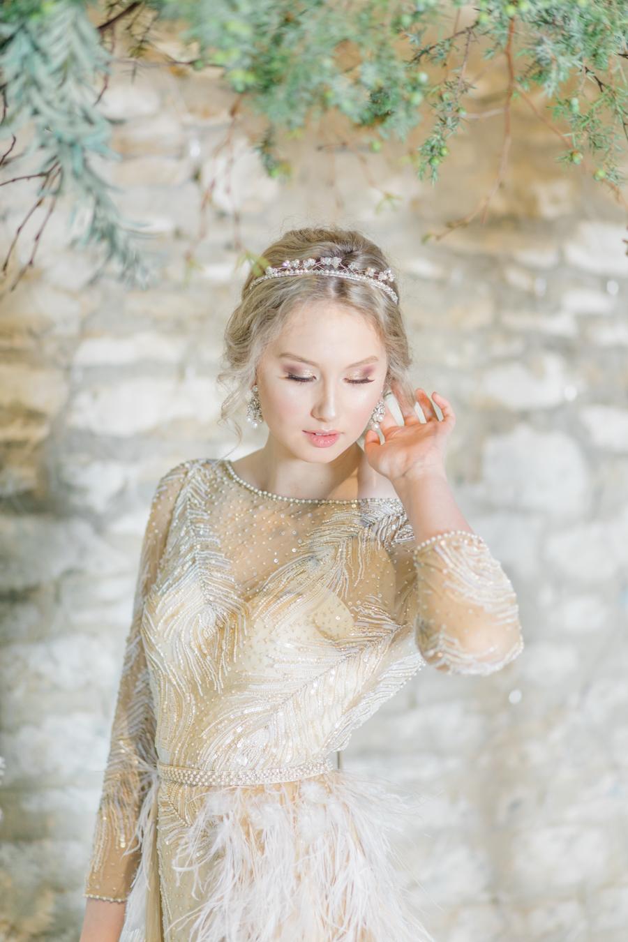 Winter Elegance Frozen wedding style on English-Wedding.com with Natalie Stevenson Photography (44)