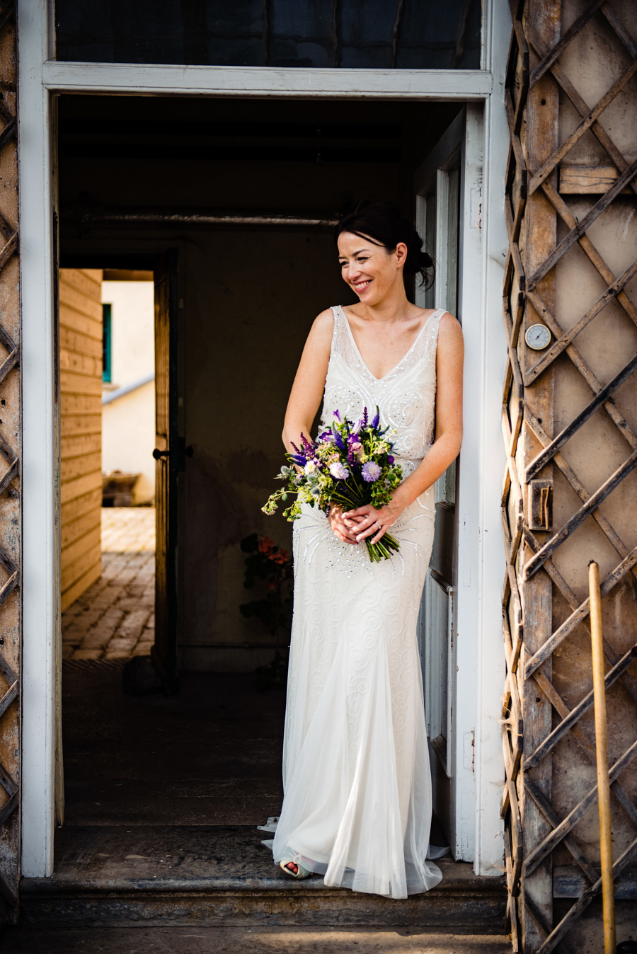 Nikki & Gareth's gloriously happy Pennard House wedding with Jonny Barratt Photography (49)
