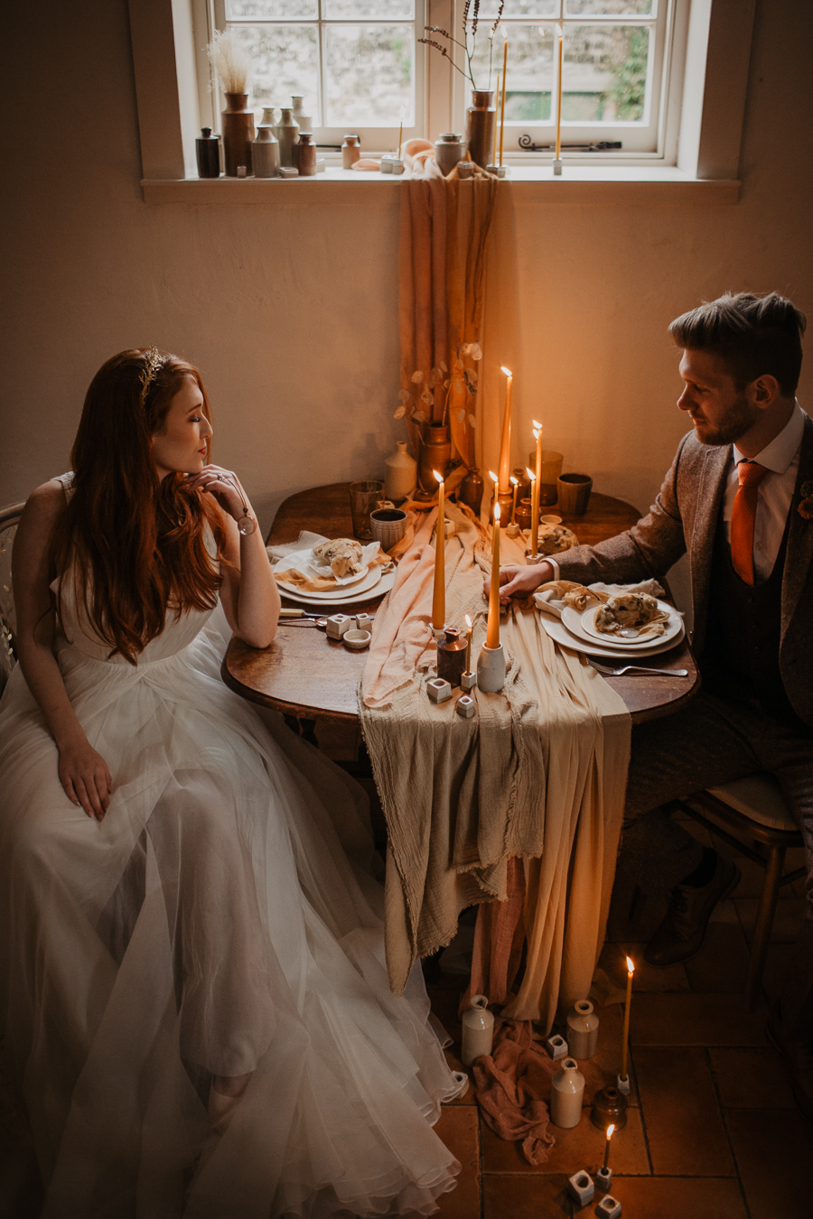 The Toast and Olivejoy Photography's breathtaking wedding styling blog from Bignor House (29)