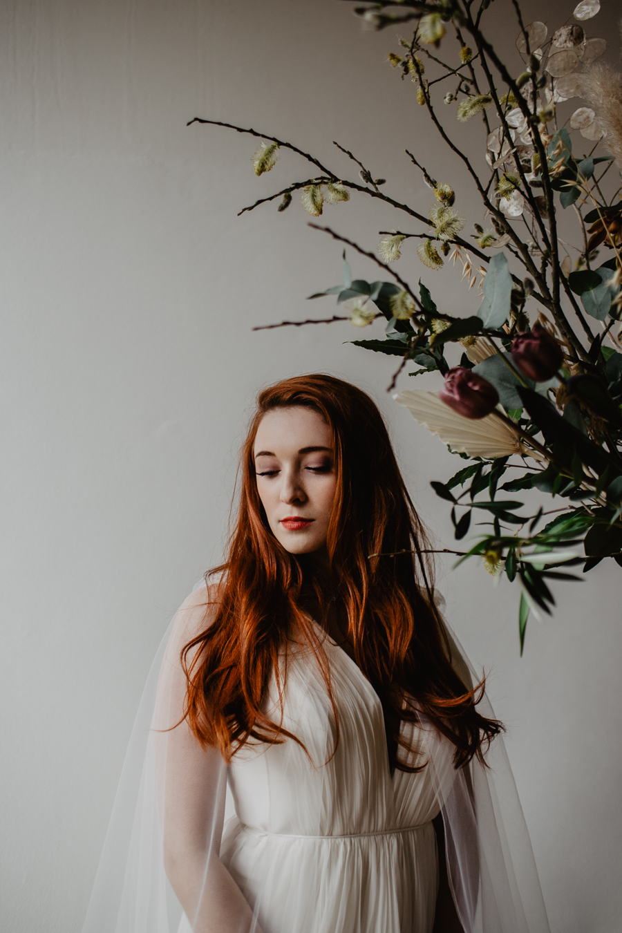 The Toast and Olivejoy Photography's breathtaking wedding styling blog from Bignor House (36)