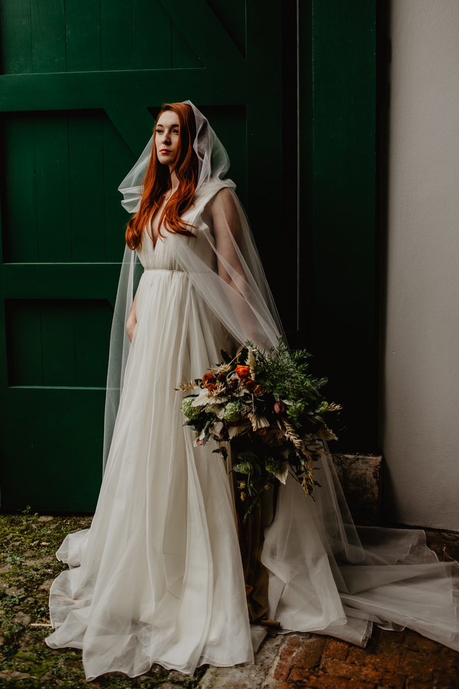 The Toast and Olivejoy Photography's breathtaking wedding styling blog from Bignor House (37)