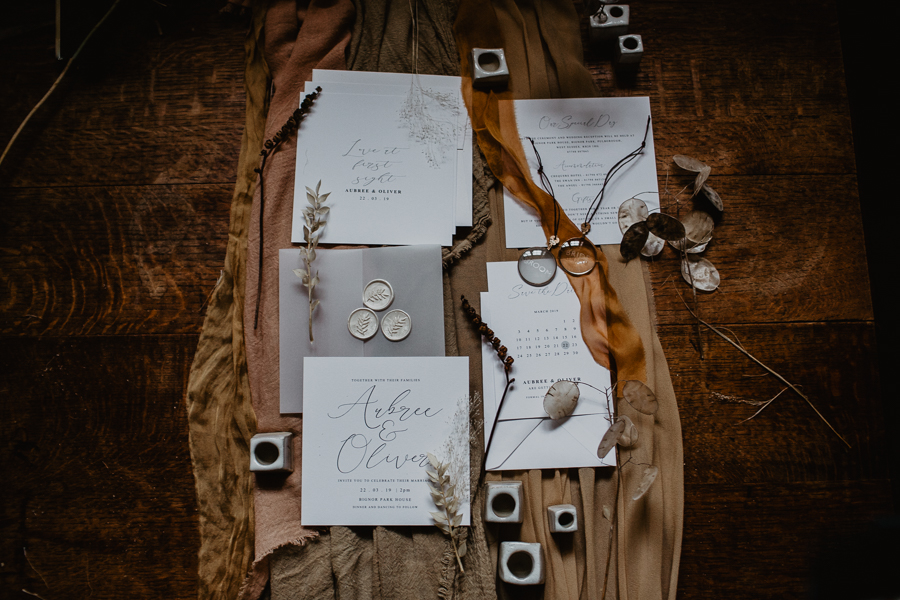 The Toast and Olivejoy Photography's breathtaking wedding styling blog from Bignor House (43)
