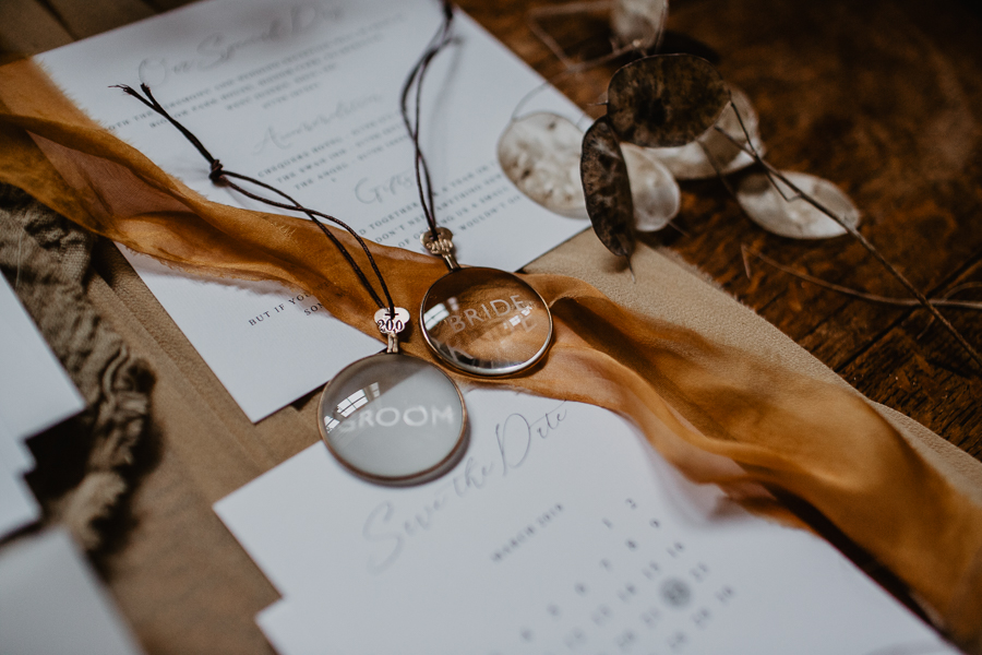 The Toast and Olivejoy Photography's breathtaking wedding styling blog from Bignor House (46)
