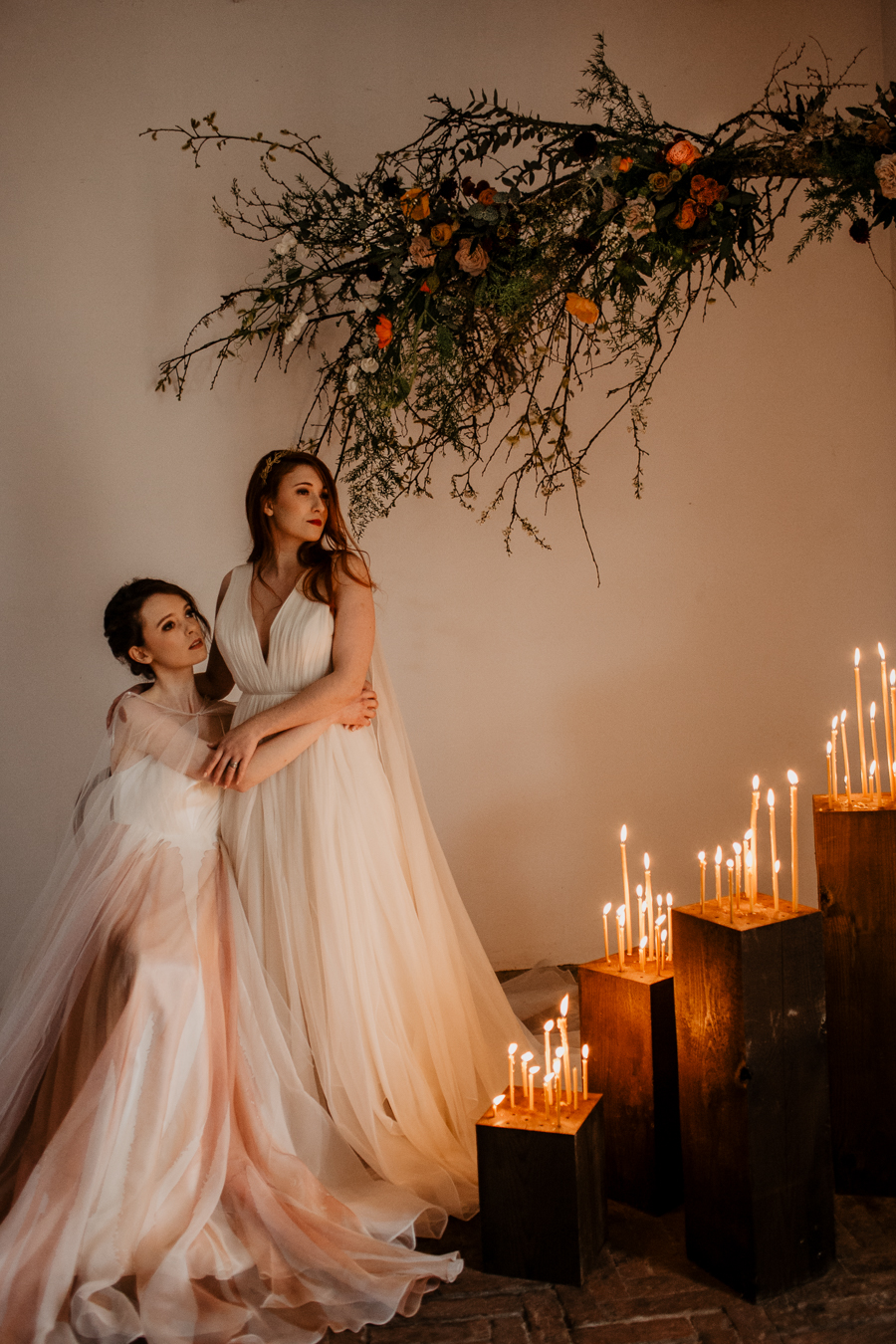 The Toast and Olivejoy Photography's breathtaking wedding styling blog from Bignor House (6)