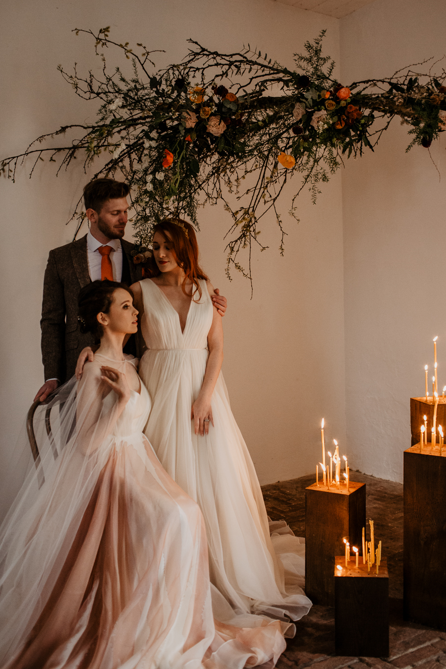 The Toast and Olivejoy Photography's breathtaking wedding styling blog from Bignor House (8)