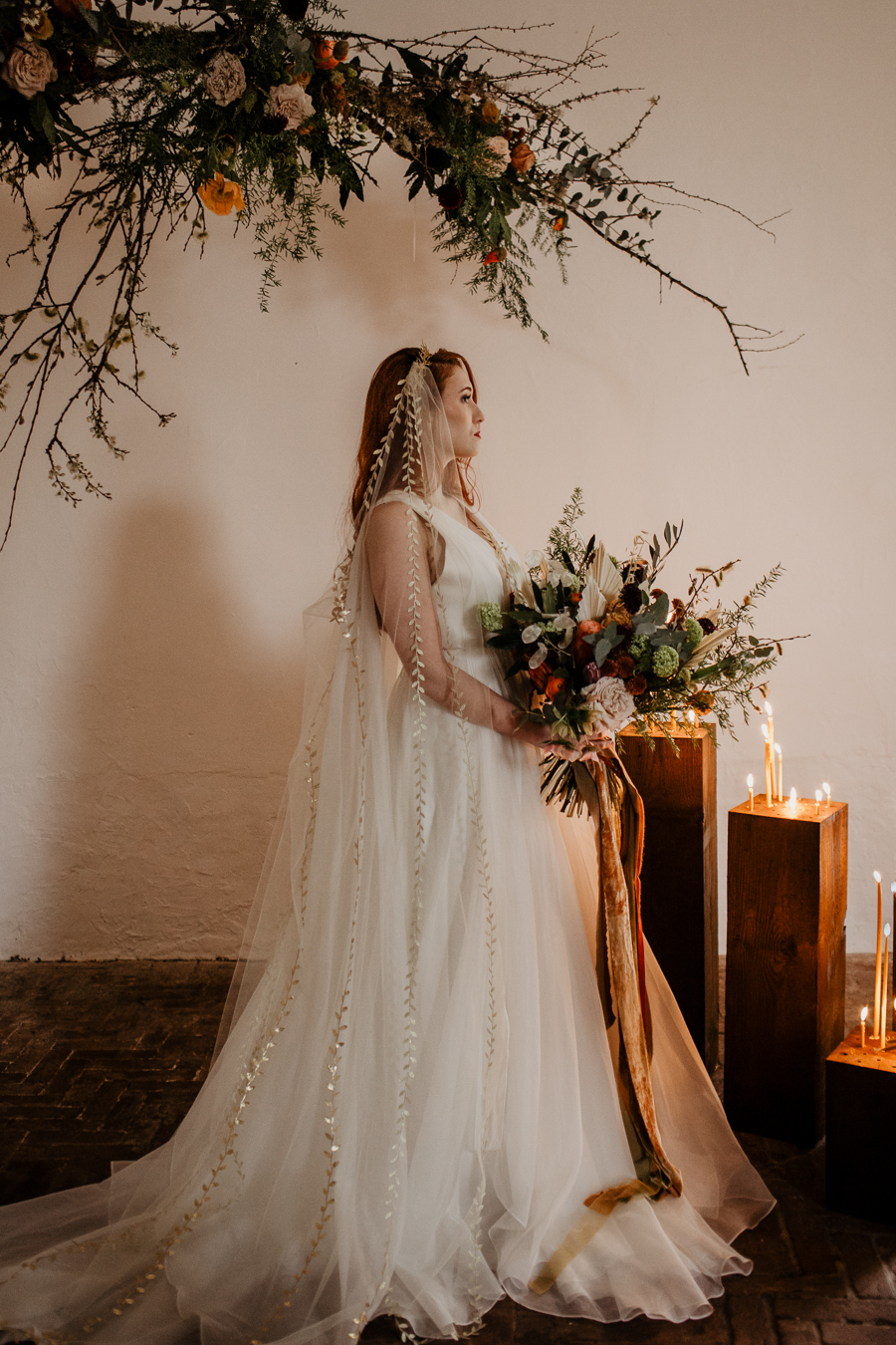 The Toast and Olivejoy Photography's breathtaking wedding styling blog from Bignor House (10)