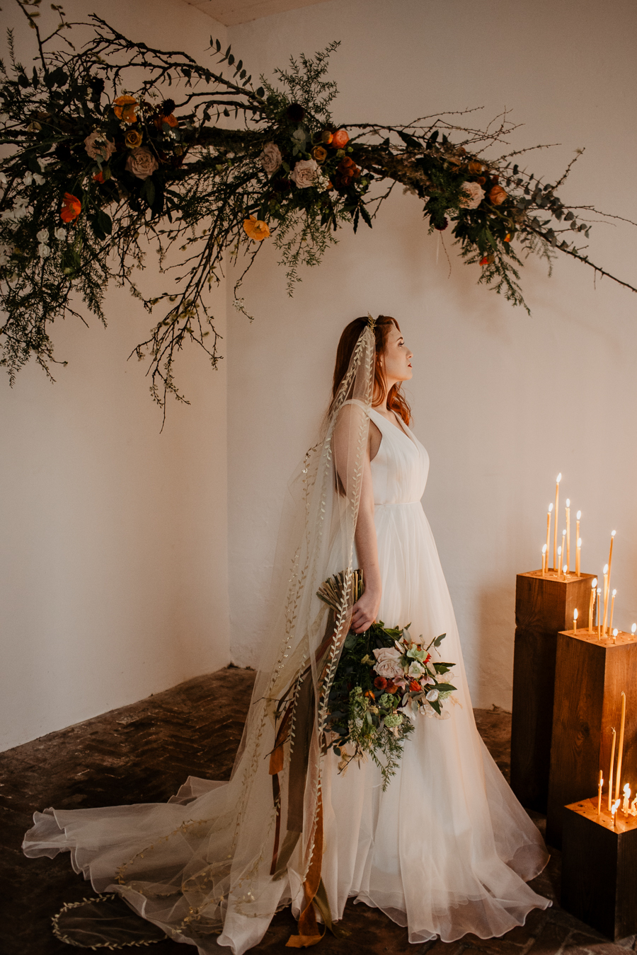 The Toast and Olivejoy Photography's breathtaking wedding styling blog from Bignor House (12)