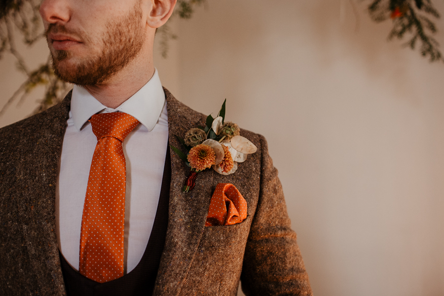 The Toast and Olivejoy Photography's breathtaking wedding styling blog from Bignor House (18)