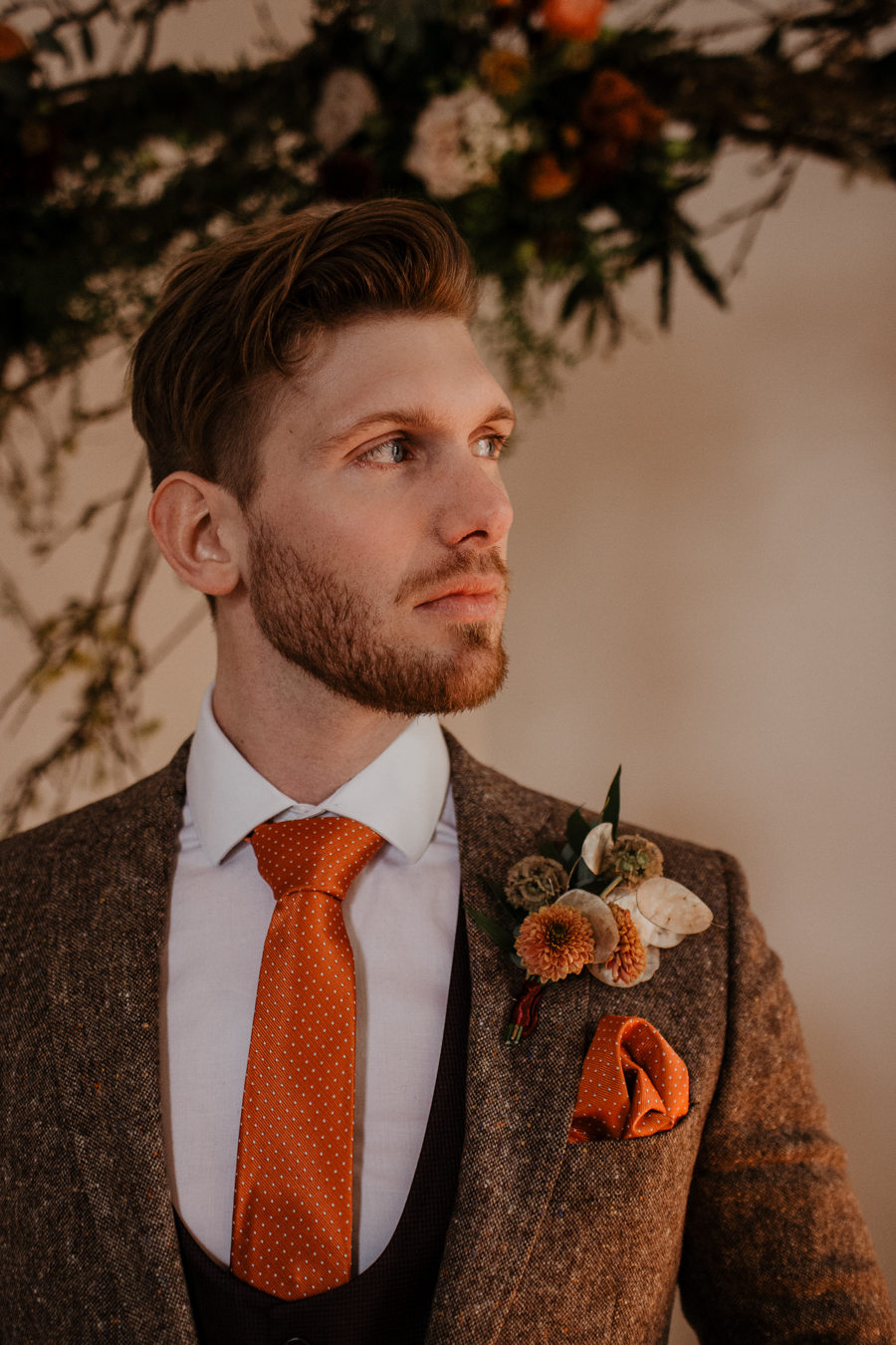 The Toast and Olivejoy Photography's breathtaking wedding styling blog from Bignor House (19)