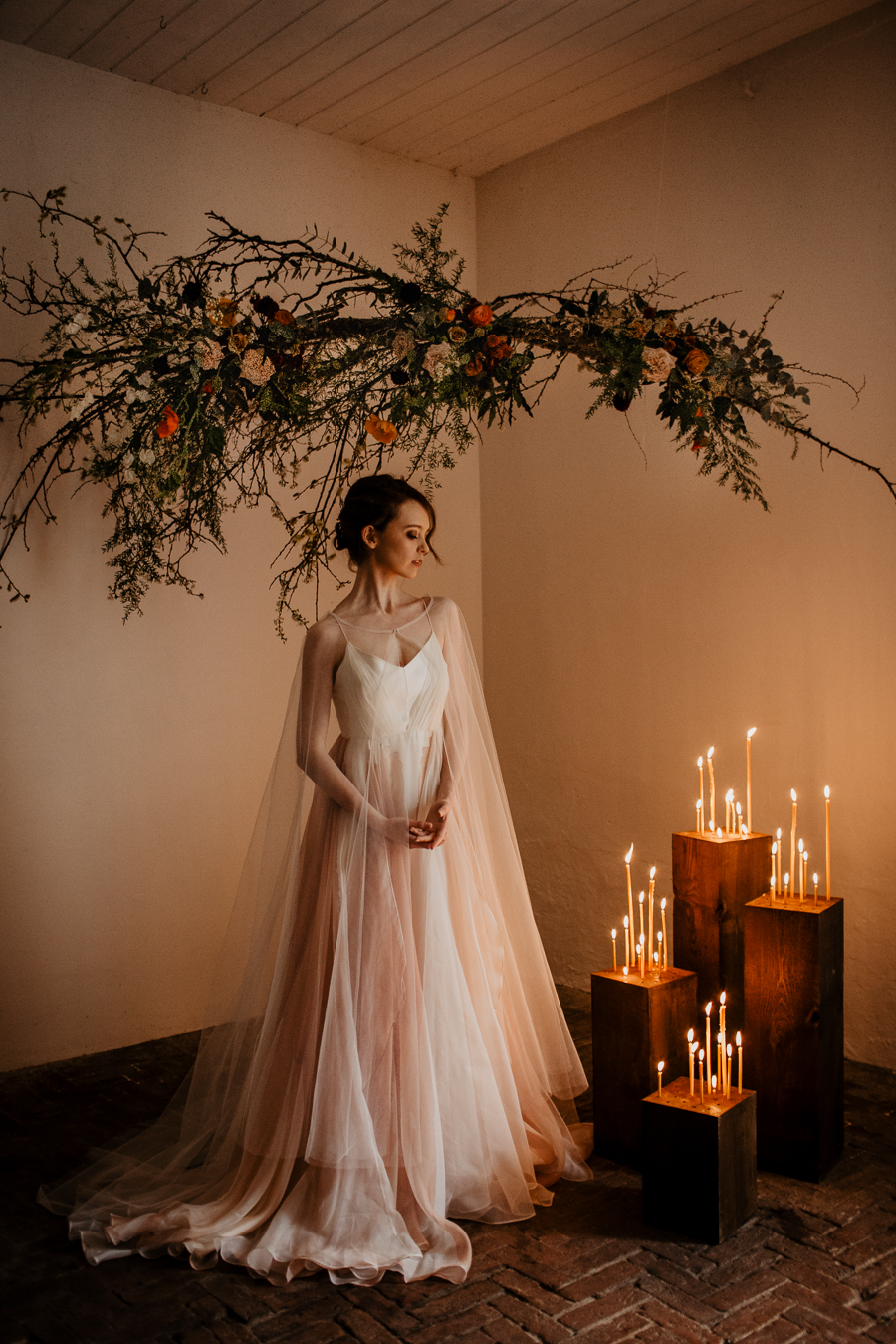The Toast and Olivejoy Photography's breathtaking wedding styling blog from Bignor House (1)