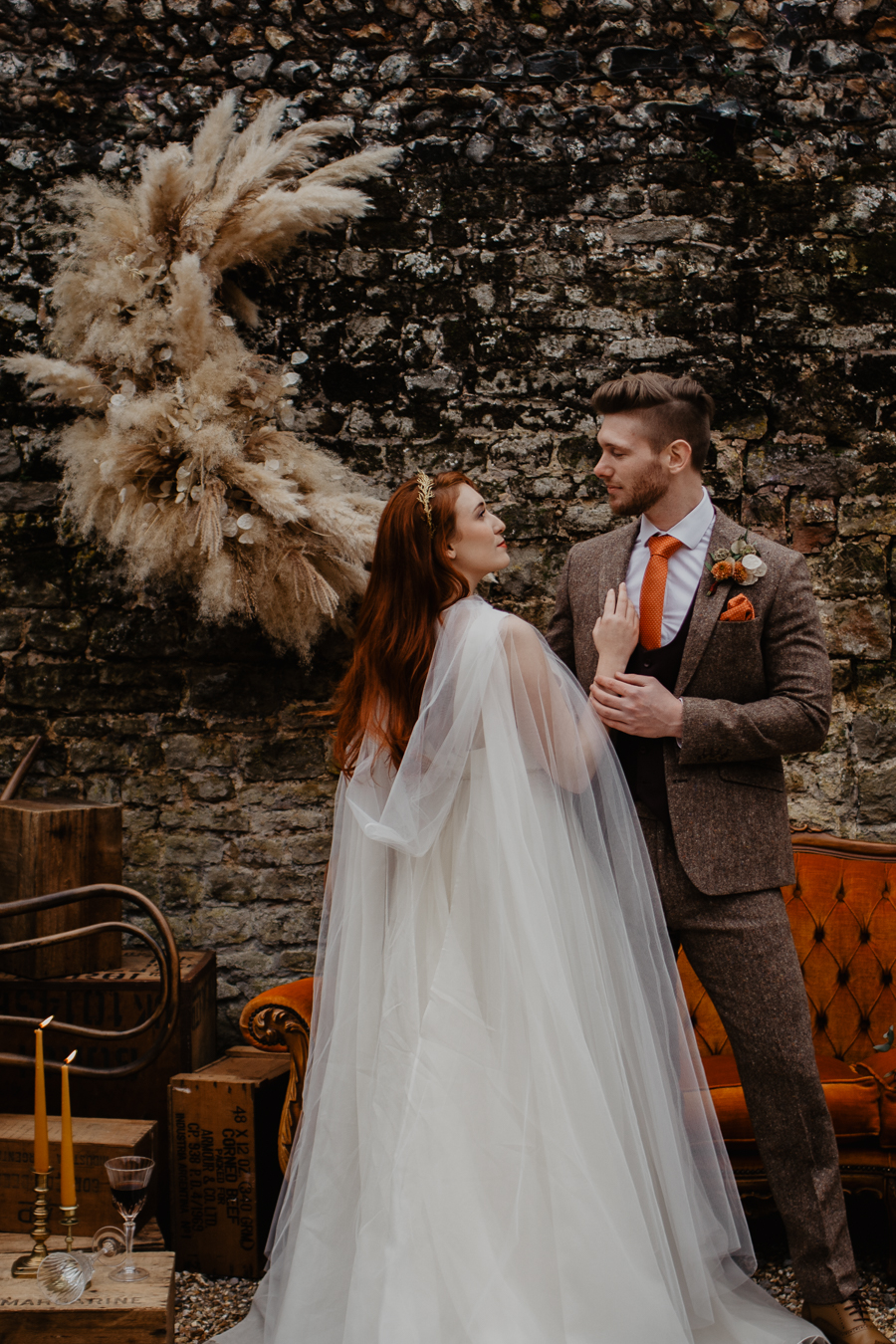The Toast and Olivejoy Photography's breathtaking wedding styling blog from Bignor House (26)