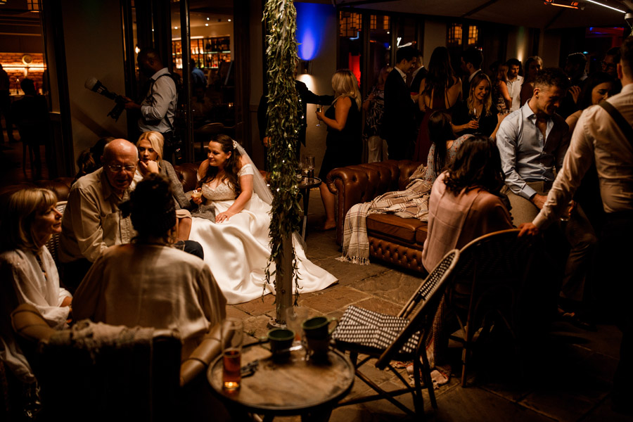 Karis and Will's beautiful Great House Sonning wedding with Damion Mower Photography (6)