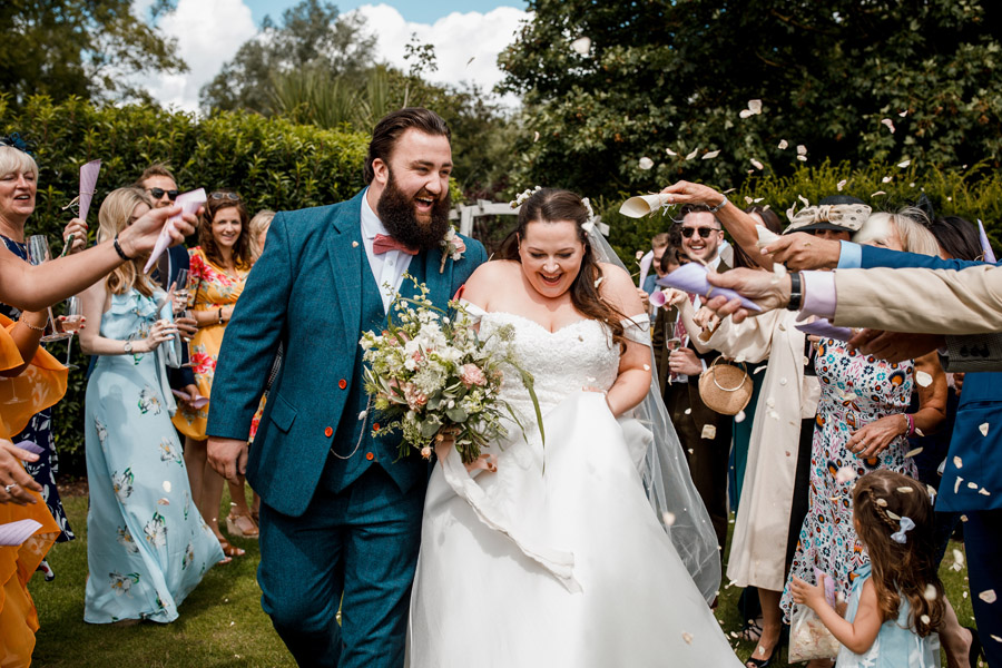 Karis and Will's beautiful Great House Sonning wedding with Damion Mower Photography (14)