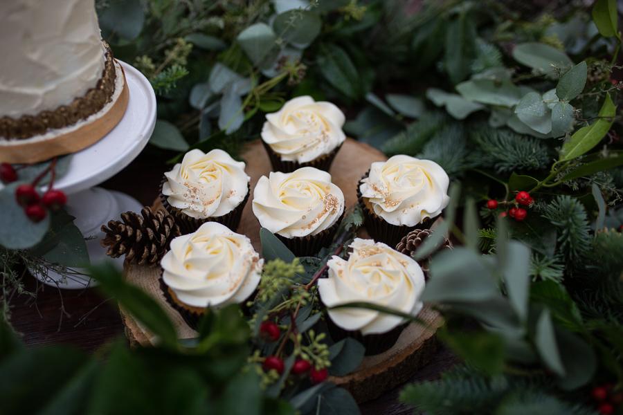 Winter woodland wedding styling ideas, image credit Photography by Chantel (11)