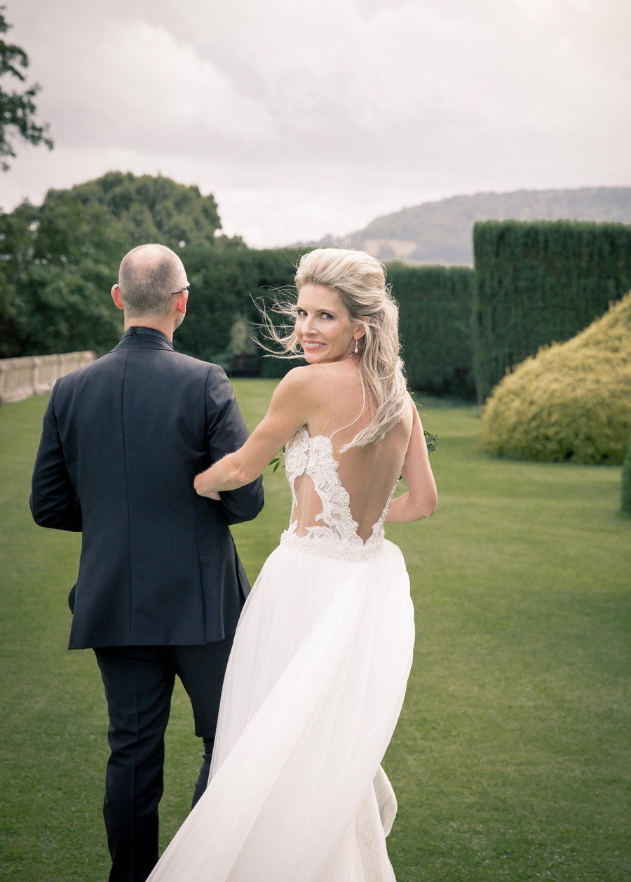 A stunning real wedding at Sudeley Castle photographed by Beller Jones