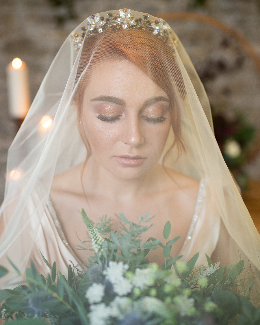 Autumn wedding vibe on English-Wedding.com with Photography by Chantel (3)
